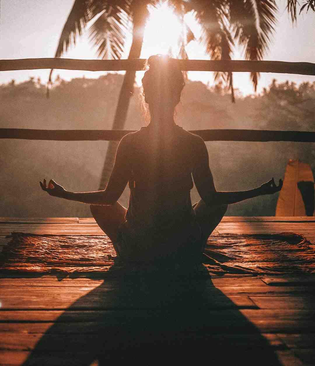 Pourquoi ne pas manger avant le yoga ?
